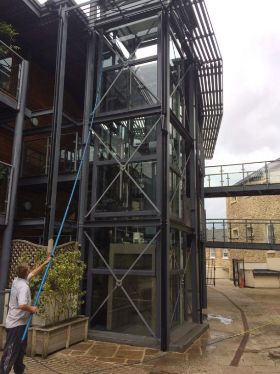 reach and wash window cleaning oxford