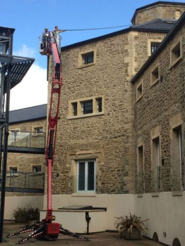 hydraulic lift window cleaning oxford